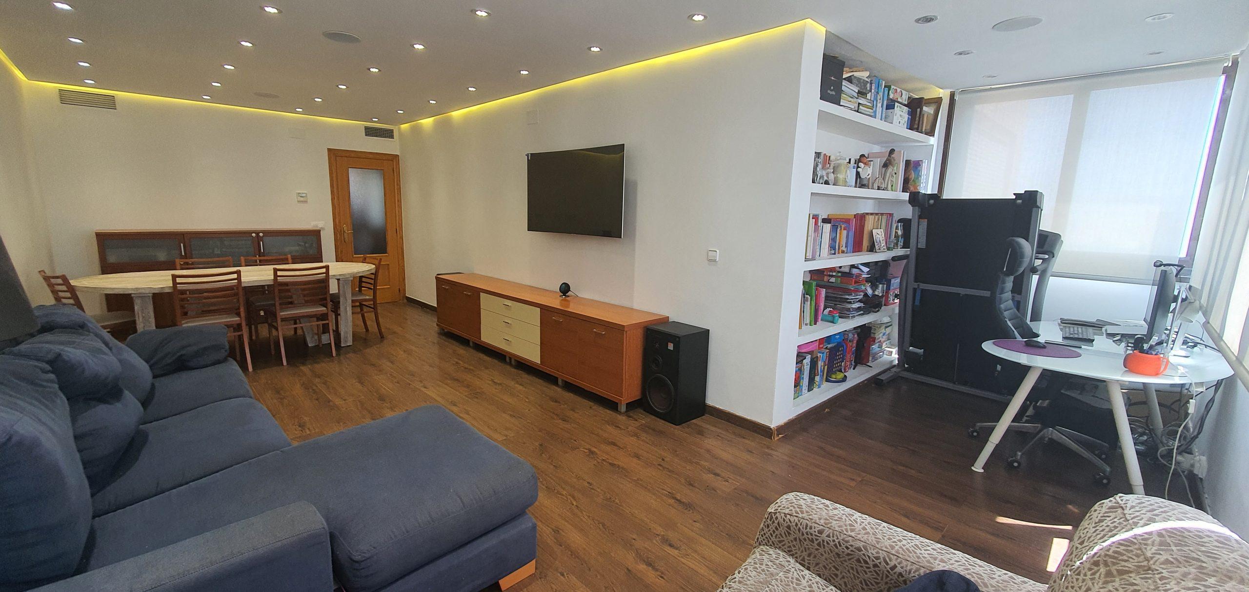 Amplio piso de 4 habitaciones en zona «La Cala» Benidorm